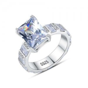 Shining Cubic Zirconia Inlaid Four Claw 925 Sterling Silver Wedding Ring