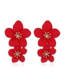 Golden Stamen Dual Flowers Bohemian Fashion Tassel Design Women Earrings - Red