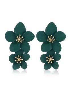 Golden Stamen Dual Flowers Bohemian Fashion Tassel Design Women Earrings - Dark Green