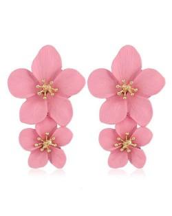 Golden Stamen Dual Flowers Bohemian Fashion Tassel Design Women Earrings - Pink