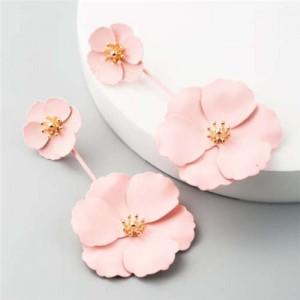 Painted Flowers Sweet Fashion Korean Style Dangling Women Alloy Earrings - Pink