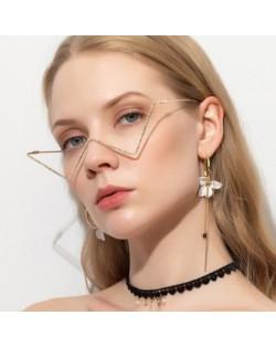 Internet Celebrity Choice U.S. High Fashion Decorative Triangle Design Sunglasses Frame (No Lens)