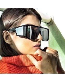 Unique Big Frame Cool Fashion Women/ Men Sunglasses