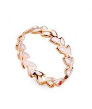 Plain Design White Oil Spot Leaves 18K Rose Gold Finger Ring