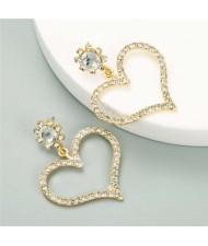 U.S. High Fashion Rhinestone Adorable Heart Design Women Stud Earrings - Golden