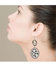 Natural Stone and Rhinestone Inlaid Leopard Prints Vintage Fashion Women Earrings - White