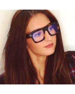6 Colors Available Bold Frame Design Office Lady Fashion Women Plain Glasses