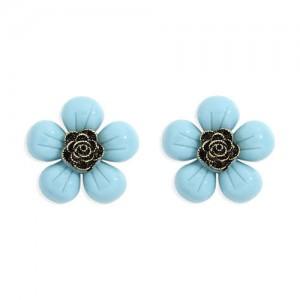Vintage Style Contrast Colors Tiny Flower Design Women Resin Earrings - Blue