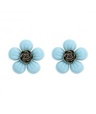 Vintage Style Contrast Colors Tiny Flower Design Women Resin Earrings - Blue