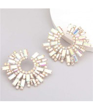 Super Attractive Design Flower High Fashion Women Costume Earrings - Golden
