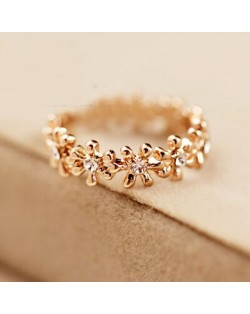 Lively Daisy Genre 18K Rose Gold Pinky Ring