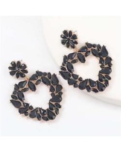 Floral Pattern Heart Shape Acrylic Gems High Fashion Women Alloy Earrings - Black