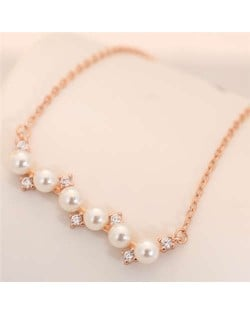 Pearl and Czech Rhinestone Embellished Pendant Korean Fashion Women Costume Necklace - Rose Gold