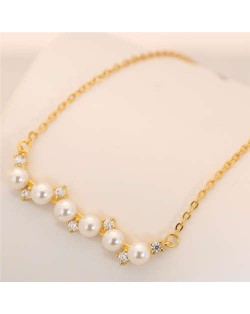 Pearl and Czech Rhinestone Embellished Pendant Korean Fashion Women Costume Necklace - Golden