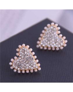 Artificial Pearl and Rhinestone Embellished Heart Shape High Fashion Women Stud Earrings