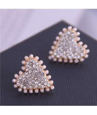 Artificial Pearl and Rhinestone Embellished Heart Shape High Fashion Women Stud Earrings