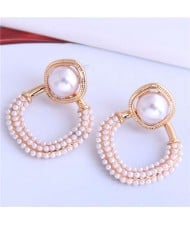 Artificial Pearl Decorated Medium Hoop High Fashion Women Stud Earrings