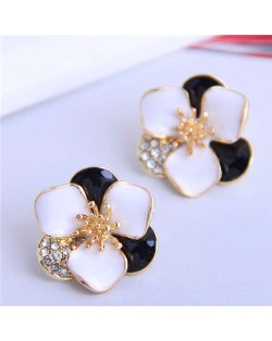 Rhinestone Inlaid Enamel Flower Korean Fashion Women Stud Earrings - Black