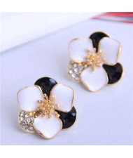 Rhinestone Inlaid Enamel Flower Korean Fashion Women Stud Earrings - Black