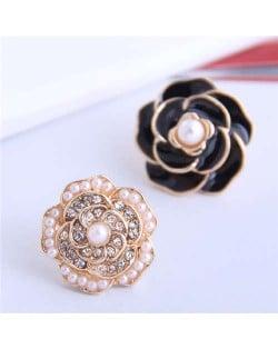 Pearl and Rhinestone Inlaid Flower Asymmetric Design Enamel Women Stud Earrings - Black