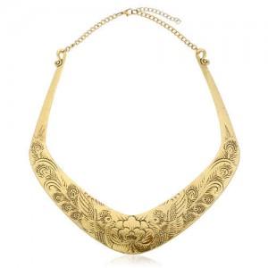Folk Style Prosperous Engraving Flowers Design Women Bib Necklace - Vintage Golden