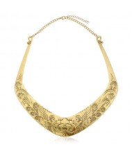Folk Style Prosperous Engraving Flowers Design Women Bib Necklace - Vintage Golden