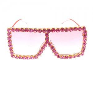 Glistening Rhinestone Rimmed Star Fashion Women Sunglasses - Rose