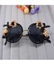 Golden Angel and Heart Embellished Bowknots Fashion Women Costume Sunglasses