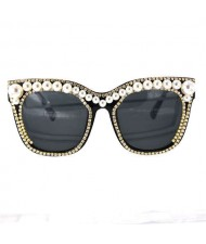 Imitation Pearl and Rhinestone Rimmed Frame Party Fashion Women Costume Sunglasses