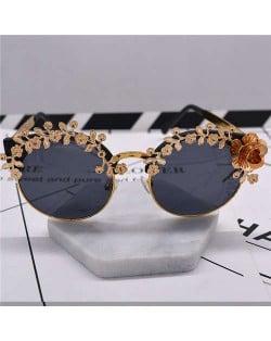 Golden Flowers Decorated Cat Eye Design Women Costume Sunglasses