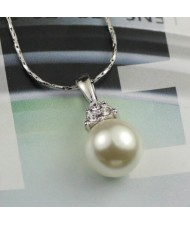 Glistening Rhinestone Paved Pearl Platinum Pendant Necklace