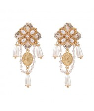 Rhinestone and Artificial Pearl Embellished Vintage Floral Pattern Western Fashion Wholesale Earrings