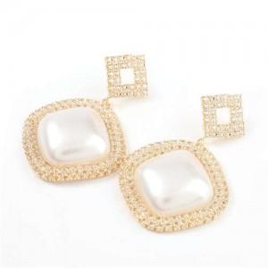 Pearl Embellished Shining Sqaure Vintage Fashion Women Wholesale Costume Earrings - Golden