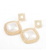 Pearl Embellished Shining Sqaure Vintage Fashion Women Wholesale Costume Earrings - Golden
