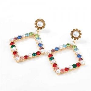 Pearl Inlaid Hollow Rhinestone Rhombus U.S. High Fashion Women Wholesale Earrings - Multicolor