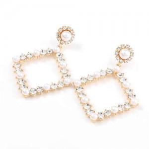 Pearl Inlaid Hollow Rhinestone Rhombus U.S. High Fashion Women Wholesale Earrings - Golden