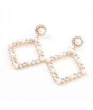 Pearl Inlaid Hollow Rhinestone Rhombus U.S. High Fashion Women Wholesale Earrings - Golden