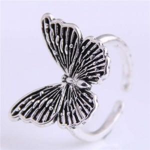 Vintage Butterfly Design Western Fashion Women Wholesale Ring