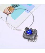 Gem Inlaid Vintage Heart Folk Style Women Wholesale Statement Necklace - Silver