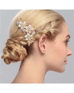 Shining Rhinestone Embellished Enamel Flowers Cluster Wedding Bridal Hair Comb - Golden