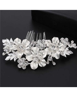 Shining Rhinestone Embellished Enamel Flowers Cluster Wedding Bridal Hair Comb - Silver