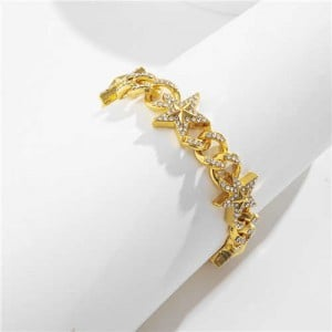 Shining Rhinestone Embellished Cuban Chain Women Fashion Bracelet - Golden