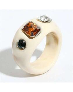 Gems Inlaid Vintage Western Fashion Women Resin Ring - White