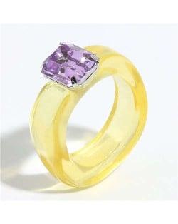 Gem Inlaid Four Claws Design Vintage Fashion Resin Ring - Yellow