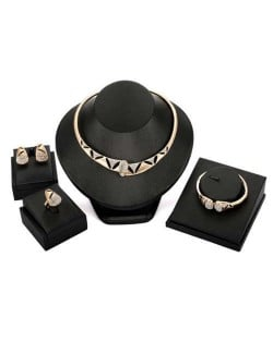 Hollow Artistic Design Rhinestone European Fashion Women Costume Jewelry Set