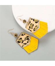 Irregular Shape Leopard Prints Tassel Design U.S. High Fashion Women Earrings - Yellow