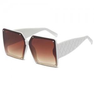 Stylish Bold Square Frame Embossing Design Women Cool Fashion Wholesale Sunglasses - White