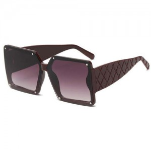 Stylish Bold Square Frame Embossing Design Women Cool Fashion Wholesale Sunglasses - Red Wine