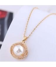 Korean Fashion Graceful Golden Design Pearl Pendant Copper Wholesale Necklace