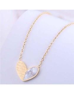 Simple Design Wholesale Jewelry Love Alphabets Engraved Heart Pendant Necklace - Golden